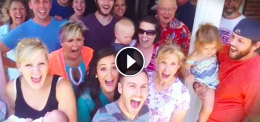 Selfie Just Turned Into The CUTEST Pregnancy Announcement